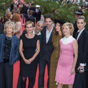 30e Festival de Dinard : Sandrine Bonnaire tout sourire avec Raphaël Personnaz