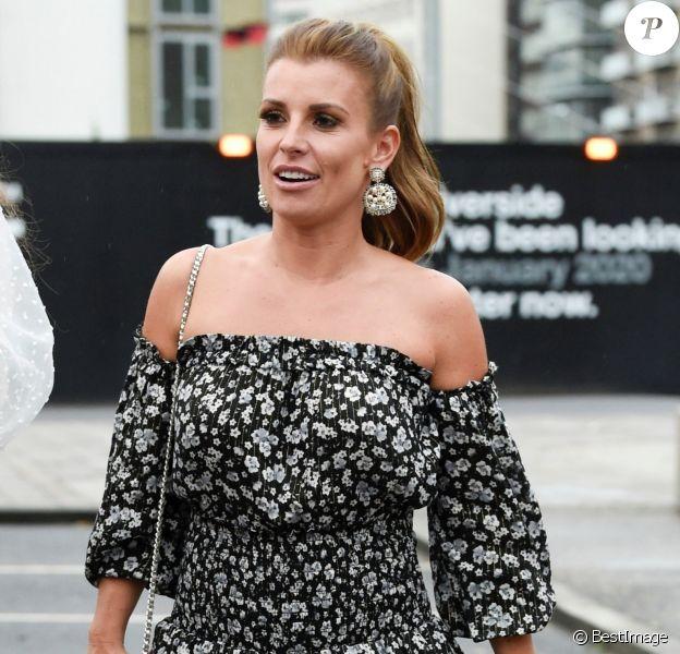 Coleen Rooney est allée dîner avec des amies dans le restaurant 'Menagerie' à Manchester, le 27 juillet 2019.
