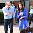 Kate Middleton et le prince William visitent une école à Islamabad, au Pakistan, le 15 octobre 2019.