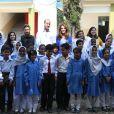 Le prince William, duc de Cambridge, et Catherine (Kate) Middleton, duchesse de Cambridge, visitent une école publique à Islamabad dans le cadre de leur visite officielle de 5 jours au Pakistan. Islamabad, le 15 octobre 2019.