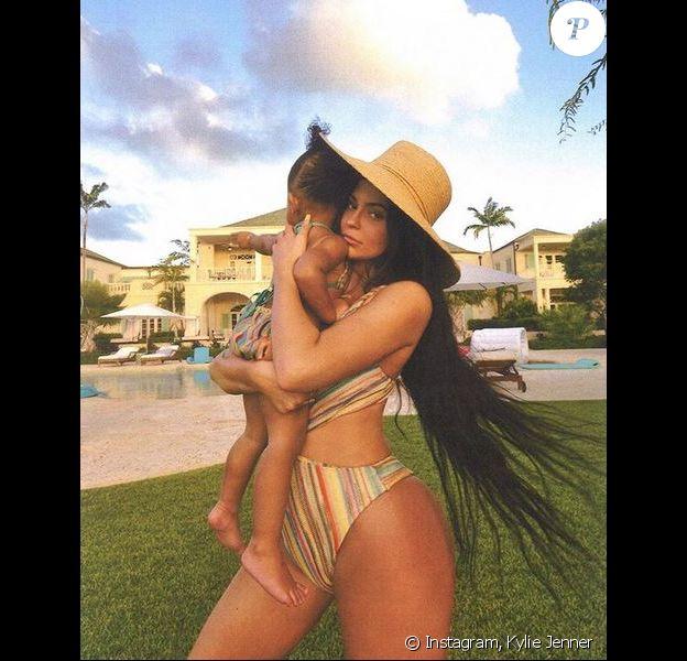 Kylie Jenner et sa fille Stormi aux îles Turques-et-Caïques. Avril 2019.