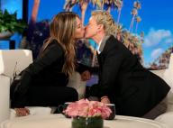 Jennifer Aniston, taquinée, échange un baiser avec son amie Ellen DeGeneres