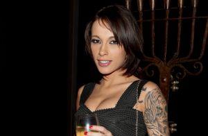 Nikita Bellucci en couple avec Ludo : La star du X est maman pour la 1re fois