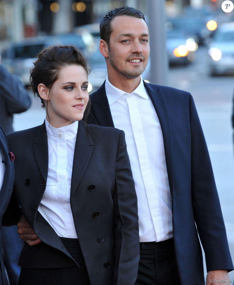 """Kristen Stewart et Rupert Sanders à la première de """"Blanche Neige et le chasseur"""" le 29 mai 2012 à Los Angeles"""