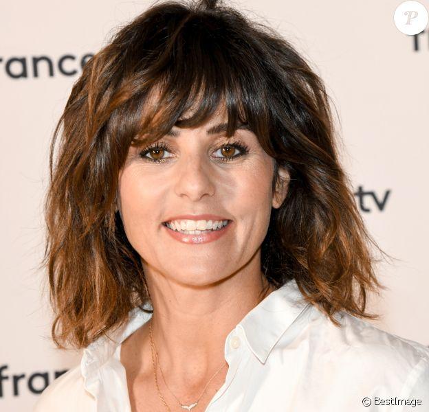 Faustine Bollaert au photocall de la conférence de presse de France 2 au théâtre Marigny à Paris le 18 juin 2019 © Coadic Guirec / Bestimage