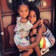 Megaa et sa petite soeur Amei, les deux enfants d'Omarion et son ex-compagne Apryl Jones. Juillet 2019.