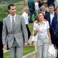 Letizia d'Espagne et son époux Felipe visitent les grottes El Soplao, à Comillas. 22/07/09