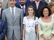 Quand la superbe Letizia d'Espagne adopte le look working girl... c'est d'une élégance !