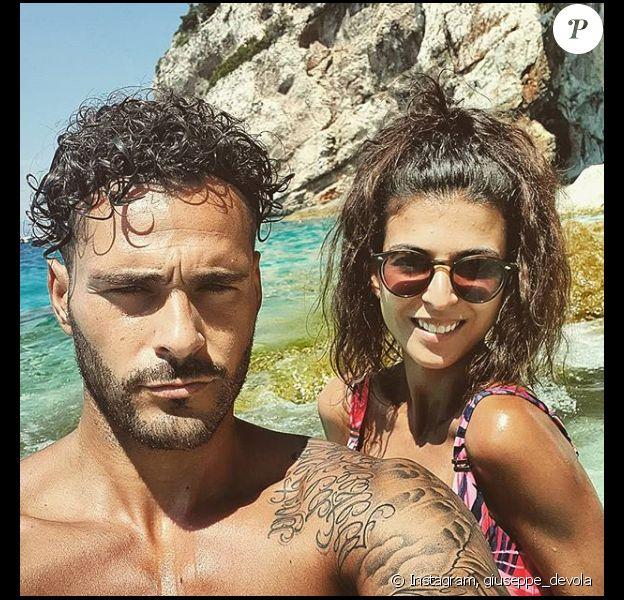 """Serena des """"Ch'tis"""" et Giuseppe à la plage - photo Instagram du 19 juillet 2019"""