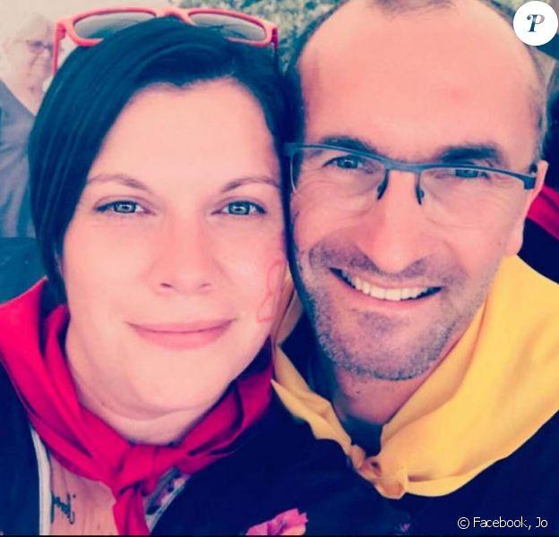 """Jo de """"L'amour est dans le pré"""" avec Claire, en juillet 2018, sur Facebook"""