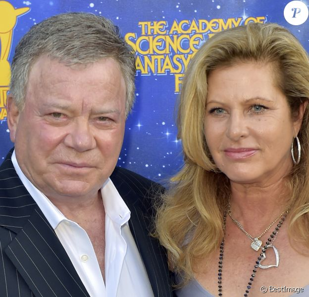 William Shatner et sa femme Elizabeth Shatner lors des Saturn Awards 2016 à Burbank, le 22 juin 2016.