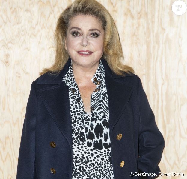 Catherine Deneuve - Photocall du défilé de mode PAP femme printemps-été 2020 Louis Vuitton à Paris. Le 1er octobre 2019 © Olivier Borde / Bestimage