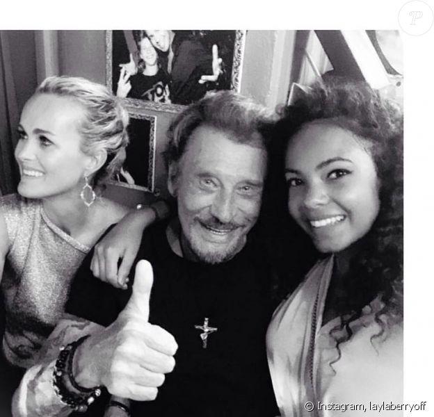 Layla, miss Saint-Martin, Saint-Barthélémy, avec Laeticia et Johnny Hallyday, le 6 décembre 2017 sur Instagram.