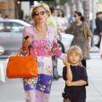 """""""Sharon Stone se balade avec son fils Roan et son boyfriend dans les rues de Los Angeles"""""""