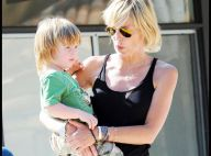 Sharon Stone : Avec ses trois adorables enfants, elle continue de frapper fort... à coup de Crocs ! Regardez !