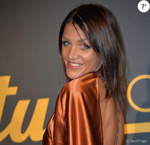 Julia Paredes - Cérémonie des Melty Future Awards 2016 au Grand Rex à Paris, le 16 février 2016.