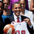 Barack Obama avec l'équipe championne WNBA : Les Detroit Shock