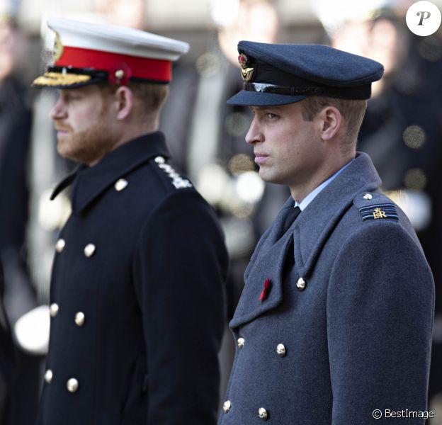 Le prince Harry, duc de Sussex, le prince William, duc de Cambridge - La famille royale d'Angleterre lors du National Service of Remembrance à Londres le 10 novembre 2019.