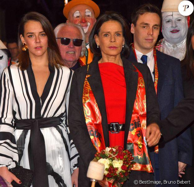 Pauline Ducruet, la princesse Stéphanie de Monaco, Louis Ducruet et sa femme Marie durant la soirée d'ouverture du 44e Festival International du Cirque de Monte-Carlo à Monaco le 16 janvier 2020. Le Festival se déroule sous le chapiteau de Fontvieille du 16 au 26 janvier 2020. © Bruno Bebert/Bestimage