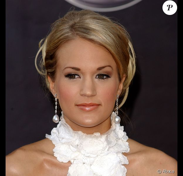 Carrie Underwood cartonne !