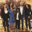 Kimora Lee Simmons, son mari Tim Leissner et ses quatre enfants (de gauche à droite) Ming, Wolfe, Kenzo et Aoki. Mai 2018.