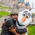 Kad Merad - People lors du lancement des nouvelles attractions au parc Disneyland à Paris. Le 16 novembre 2019 © Disney via Bestimage