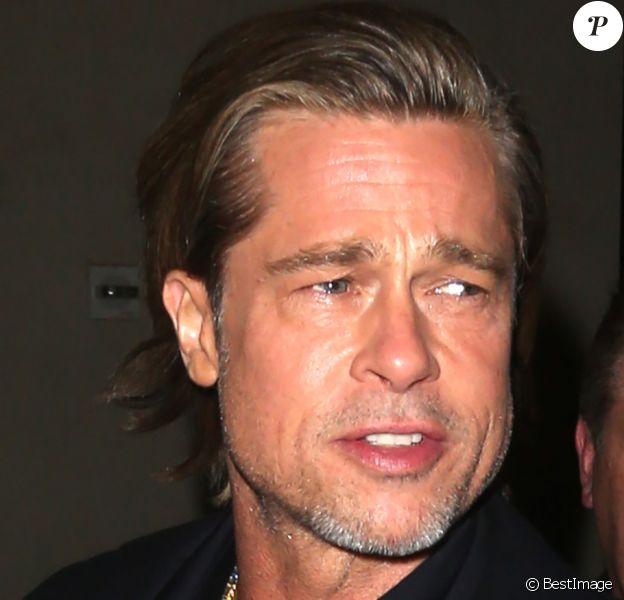 Brad Pitt à la sortie de son hôtel à New York, le 8 janvier 2020.