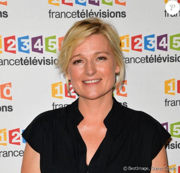Anne-Elisabeth Lemoine lors du photocall de la présentation de la nouvelle dynamique 2017-2018 de France Télévisions. Paris, le 5 juillet 2017. © Guirec Coadic/Bestimage