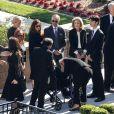 Catherine Zeta-Jones avec son fils Dylan Michael Douglas, sa belle-mère Anne Buydens - K. Douglas a été enterré dans un service funéraire privé en présence de ses amis et de sa famille les plus proches au Westwood Memorial de Los Angeles, le 7 février 2020.
