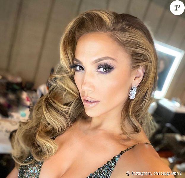 Le coiffeur Chris Appleton a partagé cette photo de Jennifer Lopez, lors d'une soirée en marge de la 92e cérémonie des Oscars, le 9 février 2020.