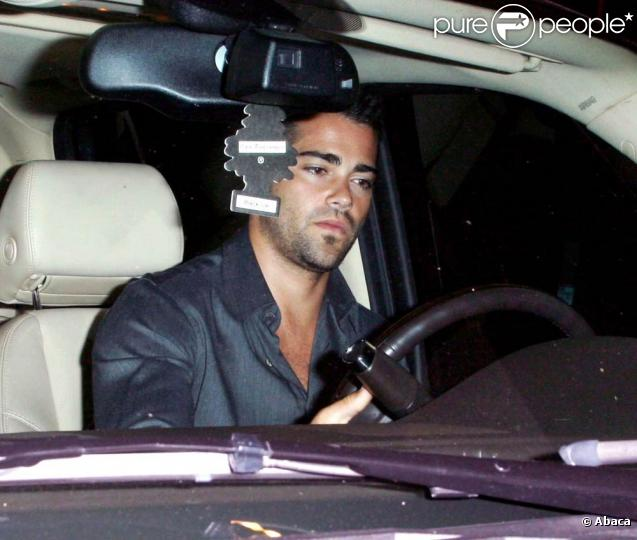 metcalfe hispanic single men Jesse eden metcalfe (born december 9, 1978) is an american actor and  musician metcalfe is  he has been dating cara santana since 2009 with a  break in 2011 in 2014, metcalfe denied rumors that they were engaged the two  got.