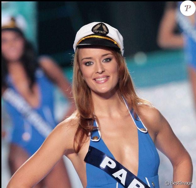 Kelly Bochenko lors de l'élection Miss France 2020, le 5 décembre 2009