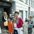 Le prince Joachim de Danemark et sa première épouse Alexandra Manley ont accompagné, comme chaque année, leurs enfants Nikolai et Felix pour leur premier jour d'école, le 11 août 2009