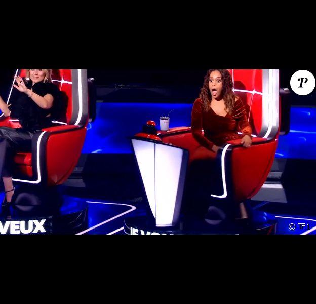 """Amel Bent lors des auditions à l'aveugle de """"The Voice 2020"""" samedi 29 février 2020, TF1"""
