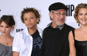 """Steven Spielberg : Sa fille Mikaela arrêtée et """"trahie"""", elle s'explique"""