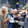 Céline Dion prend la pose pour les photographes à New York, le 5 mars 2020.