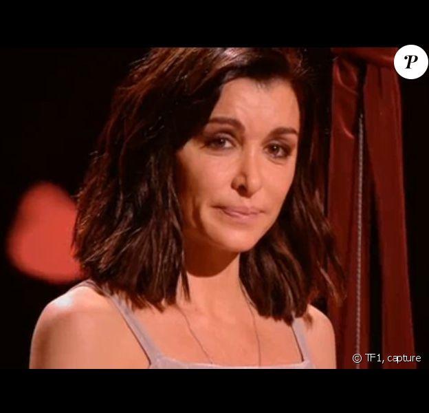 Jenifer émue lors du concert des Enfoirés, sur TF1, le 6 mars 2020.