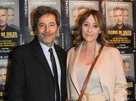 Daniela Lumbroso radieuse avec son mari, Fauve Hautot pétillante au théâtre