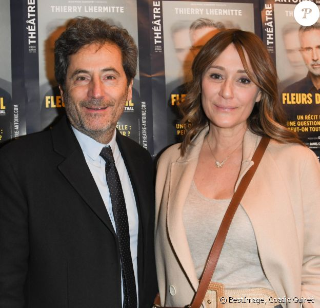 """Exclusif - Daniela Lumbroso et son mari Eric Ghebali - Générale de la pièce """"Fleurs de Soleil"""" au théâtre Antoine à Paris le 27 février 2020. © Coadic Guirec/Bestimage"""