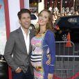 """Kyle Martino et sa femme Eva Amurri (enceinte) lors de la première du film """"Tammy"""" à Los Angeles, le 30 juin 2014."""