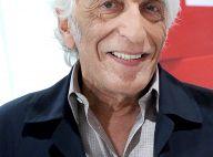 Gérard Darmon confiné : il pète un plomb et se teint les cheveux en bleu fluo