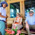 Le roi Willem Alexander et la reine Maxima, en visite d'état en Indonésie, posent sur L'île de Samosir, située sur le lac Toba le 12 mars 2020.  Sumatra, Indonesia - King Willem-Alexander and Queen Maxima of The Netherlands posing at the Toba Samosir during their State Visit to Indonesia.11/03/2020 - Sumatra