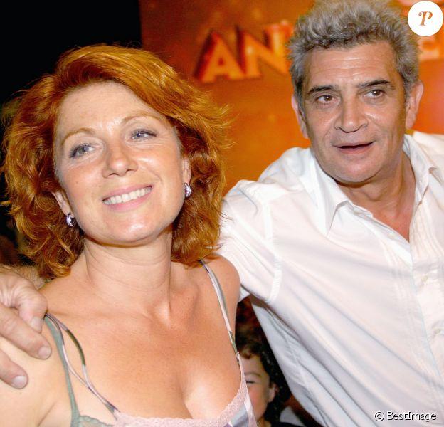 """Véronique Genest et son mari Meyer - Enregistrement de l'émission """"Bon anniversaire l'Olympia"""" pour célébrer le 50e anniversaire de l'Olympia. Paris. Le 10 septembre 2004."""