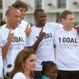 Rania de Jordanie à Londres le 20 août pour l'opération 1Goal entourée par les footballeurs célèbres