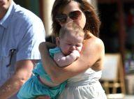 Alyson Hannigan : séance shopping avec son irrésistible fille et son mari attentionné... toujours à ses côtés !