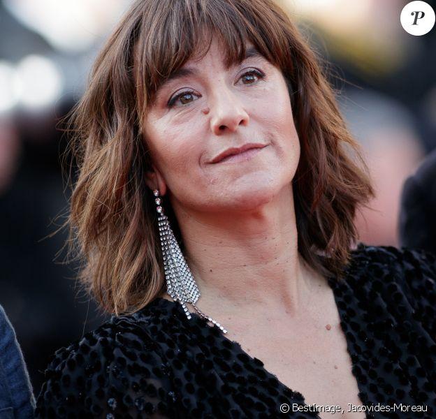 """Romane Bohringer - Montée des marches du film """"Hors Normes"""" pour la clôture du 72e Festival International du Film de Cannes. Le 25 mai 2019 ©Jacovides-Moreau / Bestimage"""