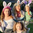 Tori Spelling fête Pâques en famille. Instagram. Le 12 avril 2020.