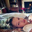 Ever Gabo et Osian, les filles de Milla Jovovich et Paul W. S. Anderson. Avril 2020.
