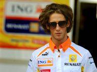 Romain Grosjean : Notre nouvel espoir français de la F1... vit une belle histoire d'amour avec une présentatrice télé bien placée !