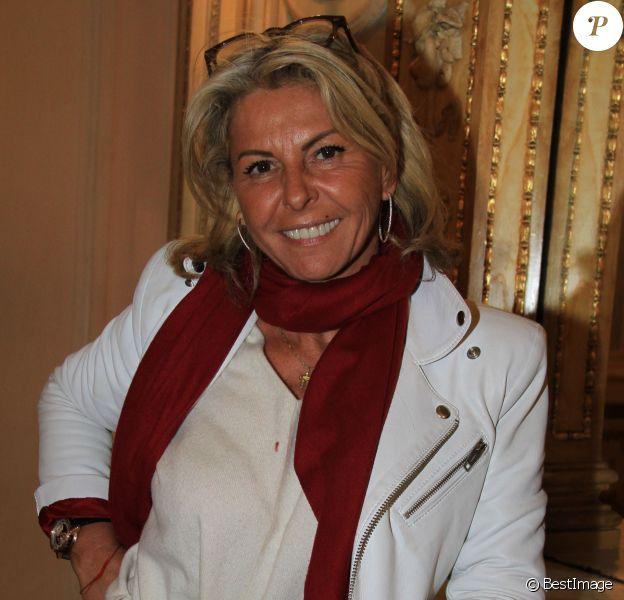 """Exclusif - Caroline Margeridon - Pierre-Jean Chalençon dédicace son livre """"Napoléon"""" au Palais Vivienne à Paris le 7 décembre 2019.  (No Web - pour suisse et Belgique)07/12/2019 - Paris"""